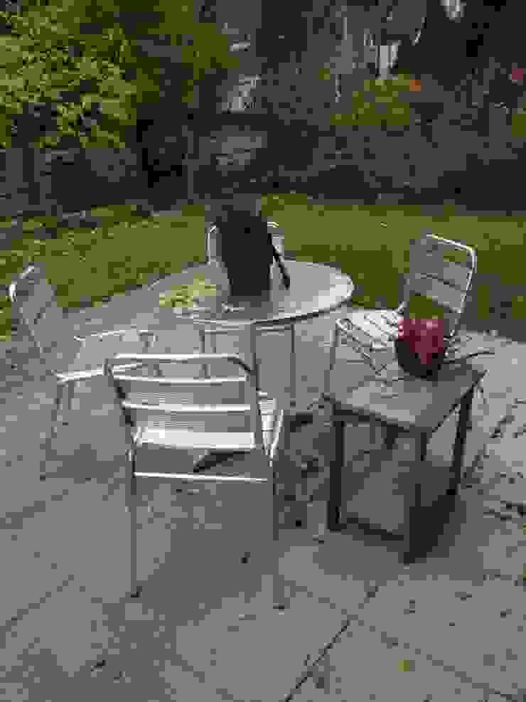 Terrasse nachher von Raumpraesenz-Homestaging Landhaus
