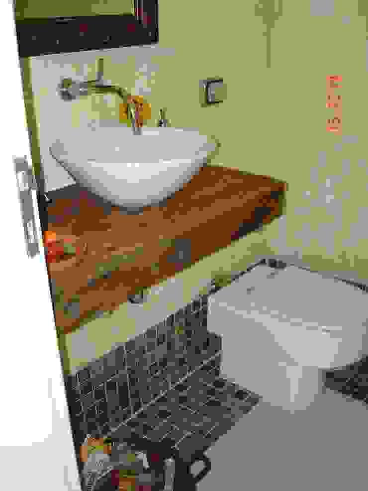 Landelijke badkamers van Lucia Helena Bellini arquitetura e interiores Landelijk