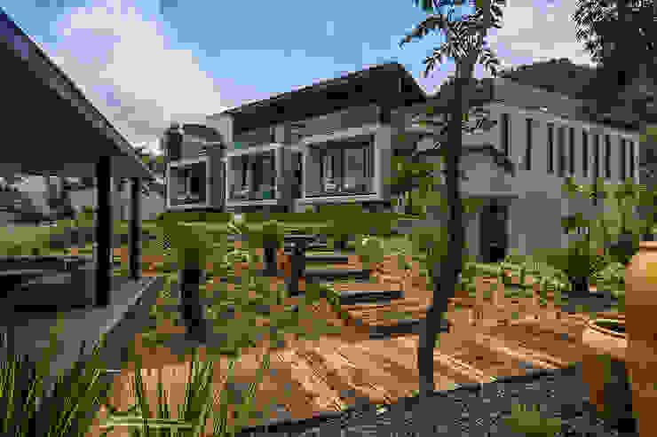 CASA RR Casas modernas de BURO ARQUITECTURA Moderno Concreto reforzado