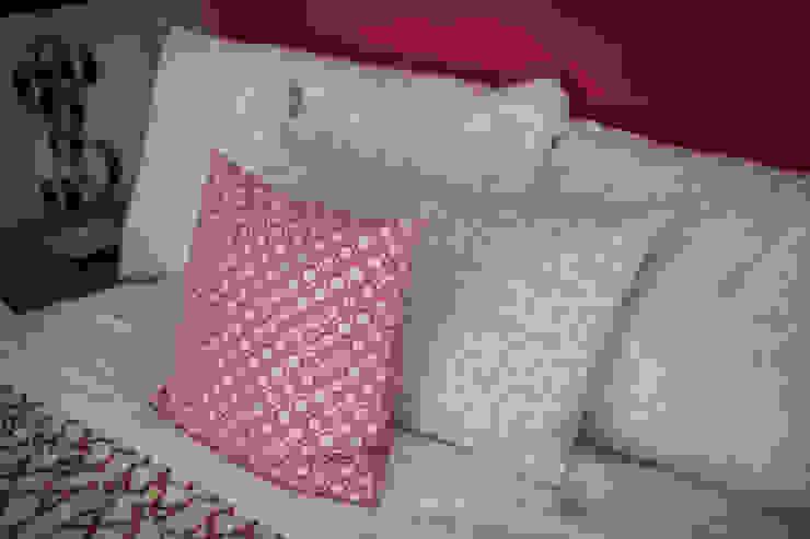 Interiorismo para residencia en Altozano Morelia de Dovela Interiorismo Moderno Textil Ámbar/Dorado