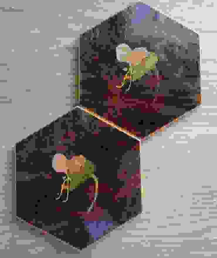 コースター~露草~: 二輪草家具が手掛けた折衷的なです。,オリジナル