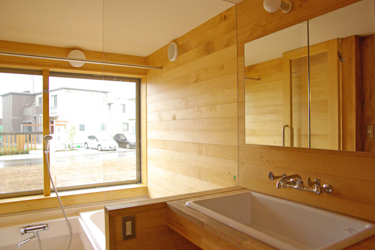 環境創作室杉 Minimalist style bathroom Solid Wood