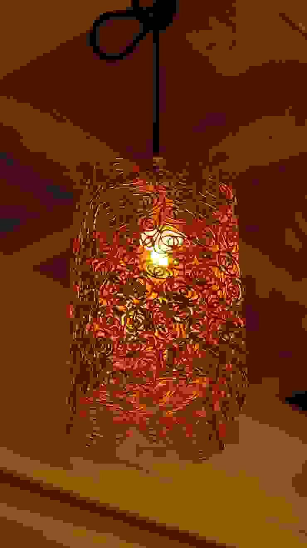 工房dada 照明: 工房dadaが手掛けた折衷的なです。,オリジナル