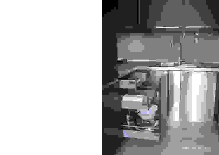 Remodelação de apartamento no Bairro de Alvalade por Esfera de Imagens Lda