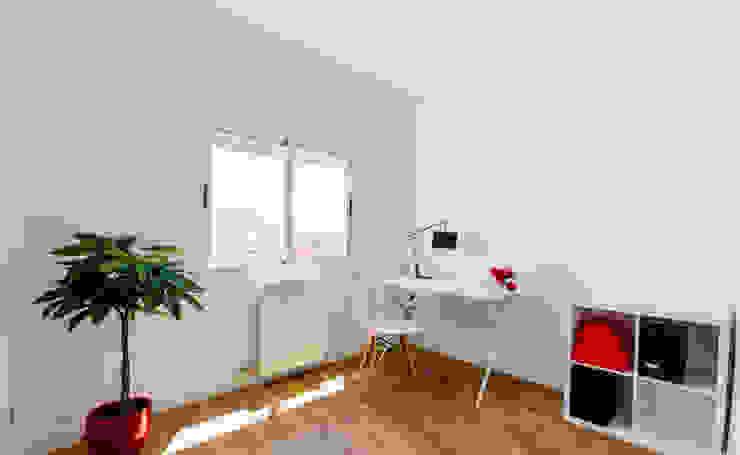 Estudios y oficinas de estilo  por Noelia Villalba, Escandinavo