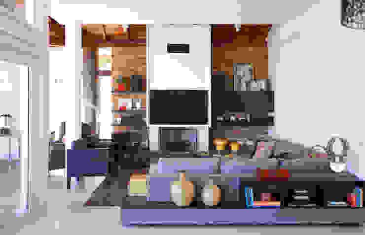 Samy & Ricky Arquitetura Salones modernos
