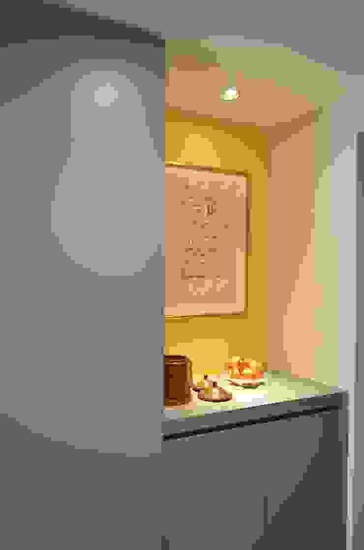 玄関 モダンスタイルの 玄関&廊下&階段 の Unico design一級建築士事務所 モダン