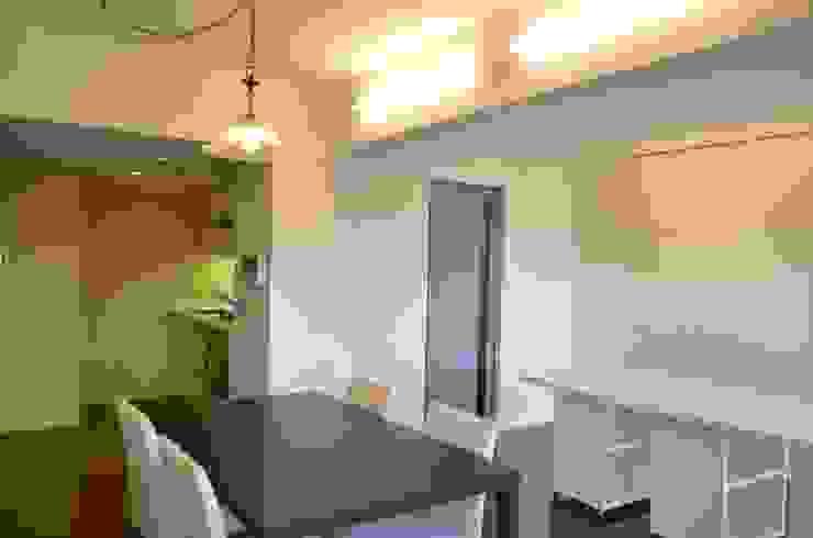 LDK モダンデザインの リビング の Unico design一級建築士事務所 モダン