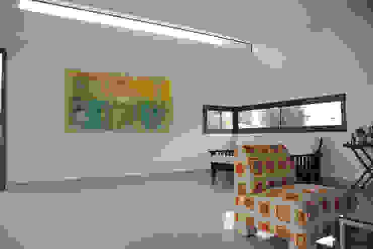 Livings de estilo ecléctico de Bonomo&Crespo Arquitectura Ecléctico