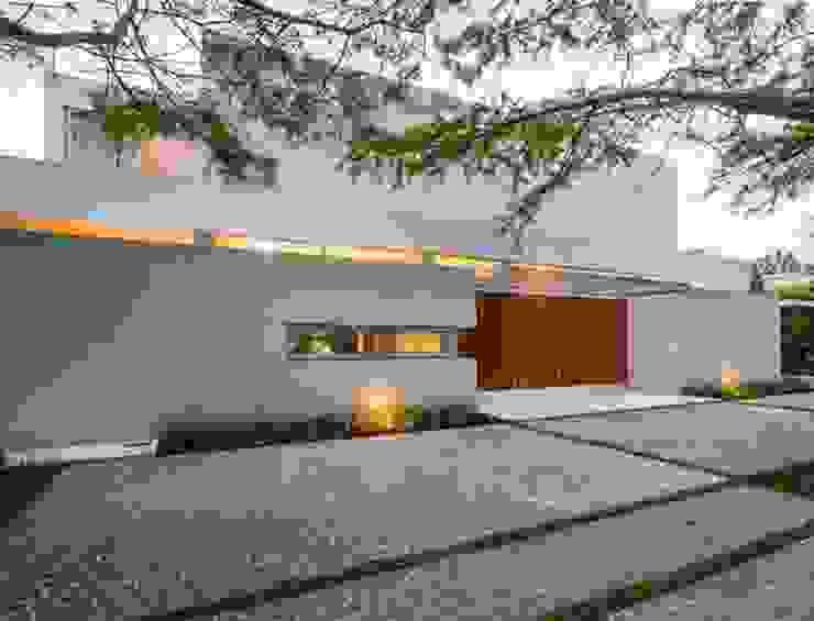 Casas de estilo  por Aulet & Yaregui Arquitectos, Moderno