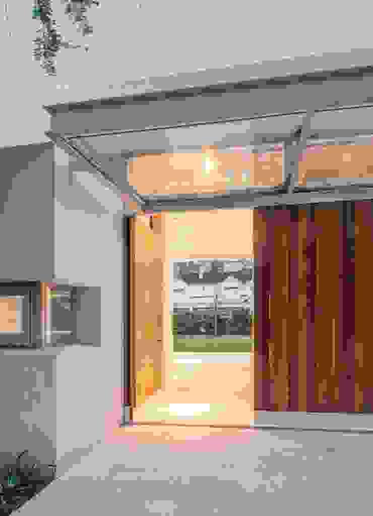 Modern Living Room by Aulet & Yaregui Arquitectos Modern