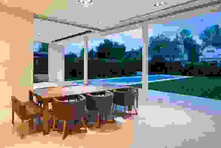 Ruang Makan Modern Oleh Aulet & Yaregui Arquitectos Modern