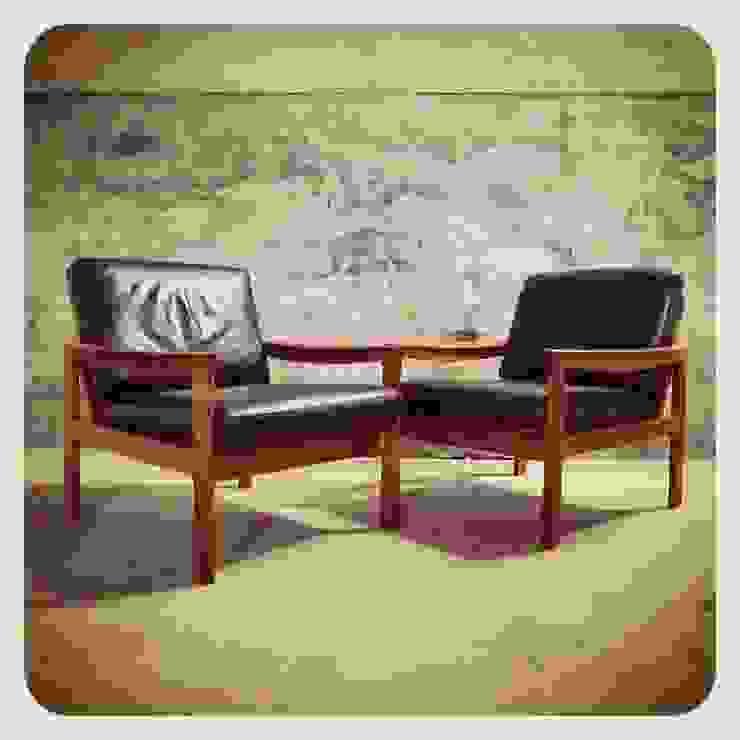 Pair of Easy Chairs by Illum Wikkelsø   Komfort por Retro Wood Rústico
