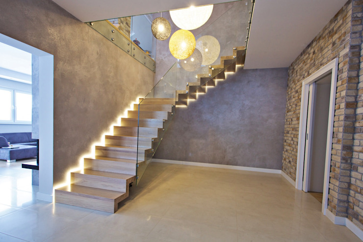 Modern Corridor, Hallway and Staircase by lifestyle-treppen.de Modern Wood Wood effect