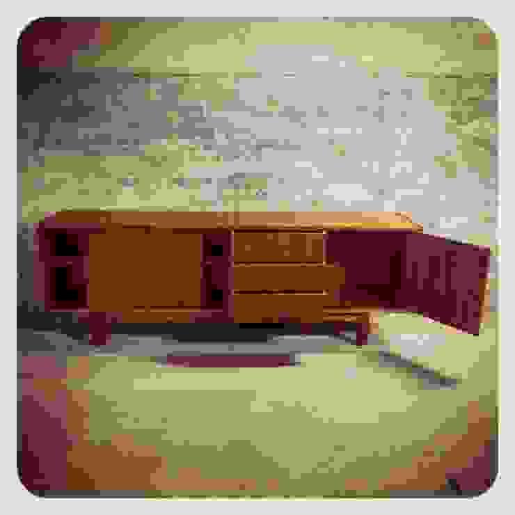 Bramin Teak Sideboard & Erling Torvits | Disponíveis_Available por Retro Wood Escandinavo