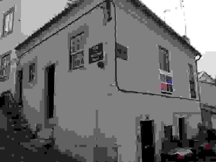 Uma Casa Portuguesa - Alfama (Before) de Uma Casa Portuguesa
