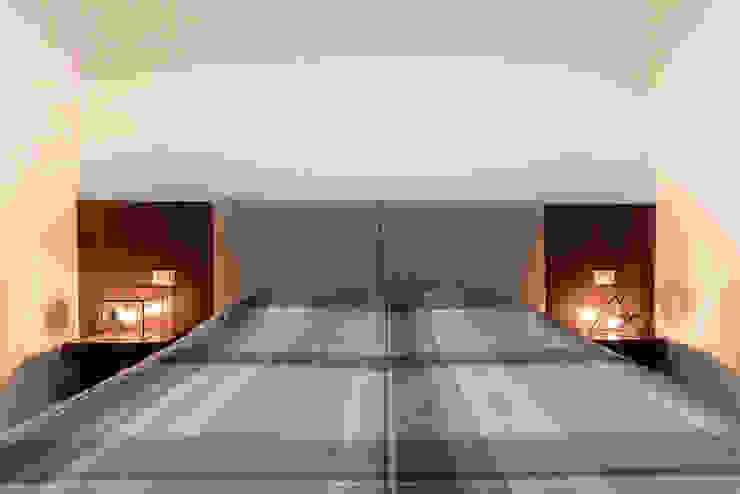Appartamento Residenziale - Cernobbio 2015 Camera da letto moderna di Galleria del Vento Moderno
