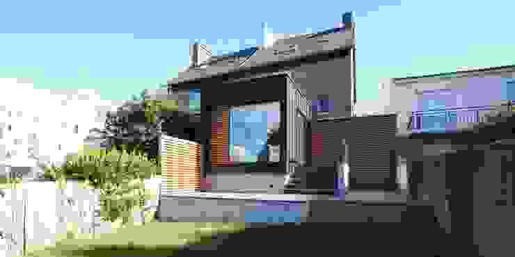 Modern houses by Trace & Associes architecture et architecture d'intérieur Modern Wood Wood effect