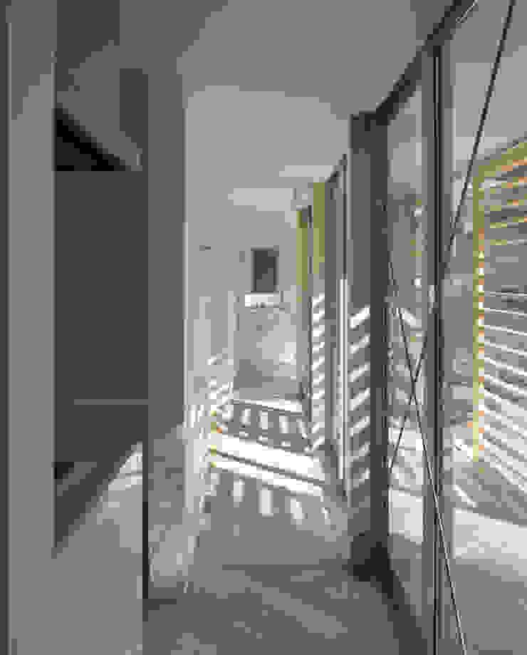 黒髪町の家 モダンな 窓&ドア の 一級建築士事務所ヒマラヤ(久野啓太郎) モダン