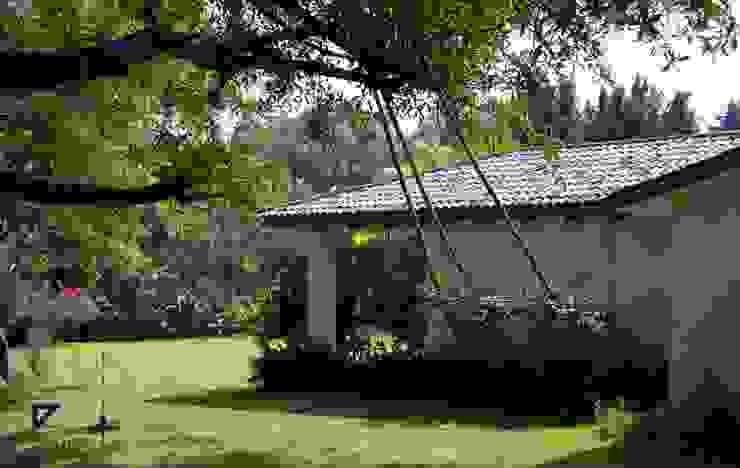 COUNTRY HOUSE IN MALINALCO MEXICO Jardines coloniales de De Ovando Arquitectos Colonial