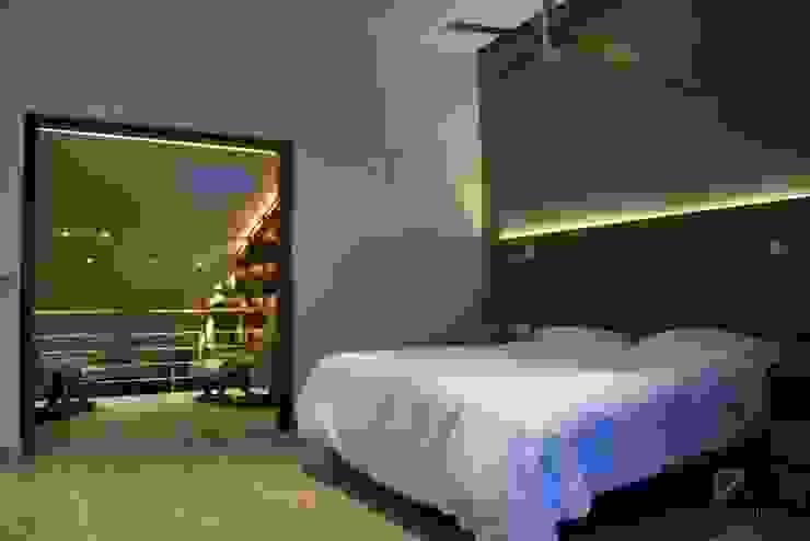 Pent House in Polanco Mexico City Dormitorios modernos de De Ovando Arquitectos Moderno