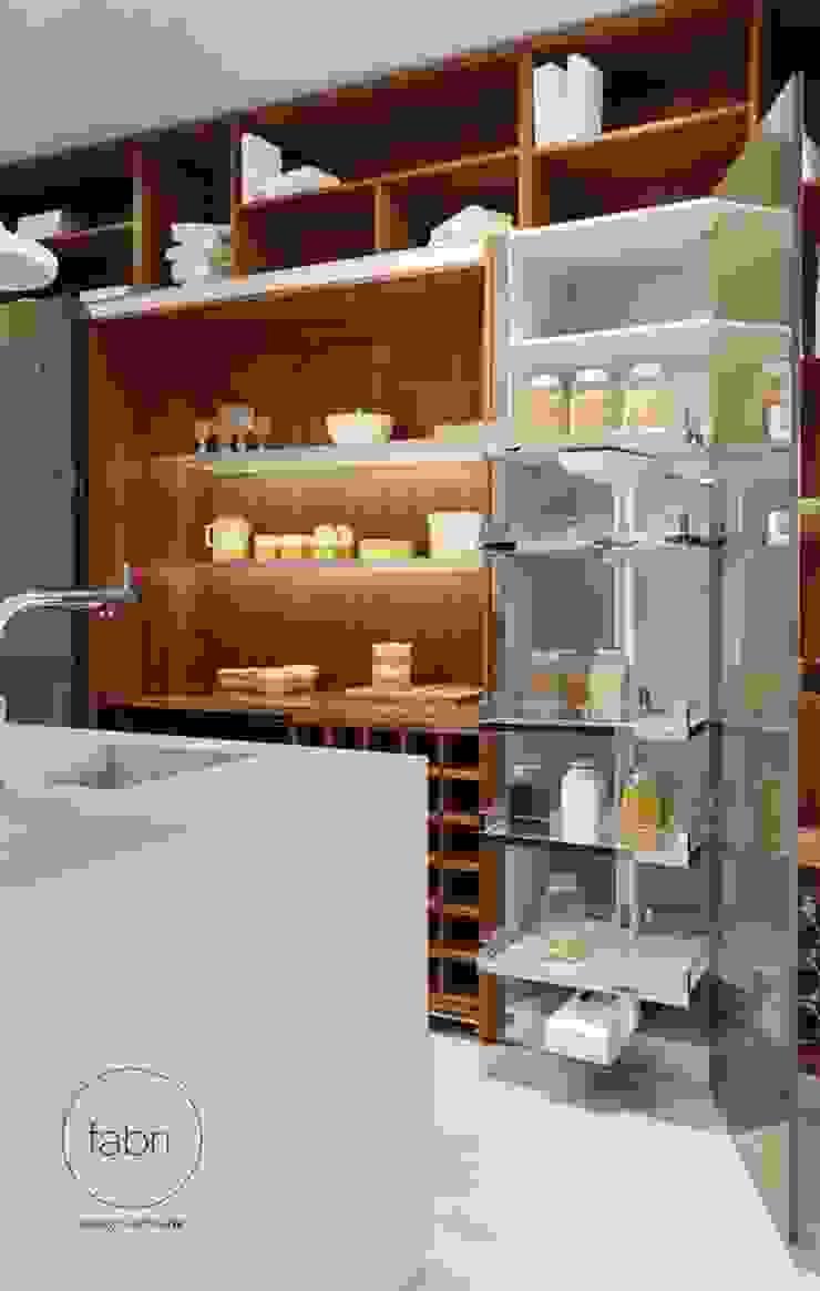 Luxo racional Cozinhas modernas por FABRI Moderno