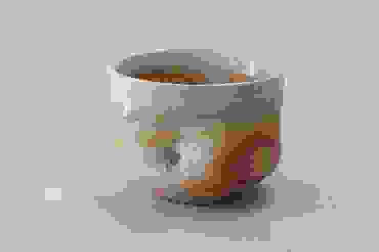酒器: 新田 学 (GAKU! CO-BO)が手掛けた折衷的なです。,オリジナル 陶器
