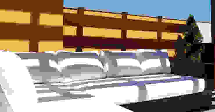 Balkon, Beranda & Teras Modern Oleh Inexistencia Lda Modern