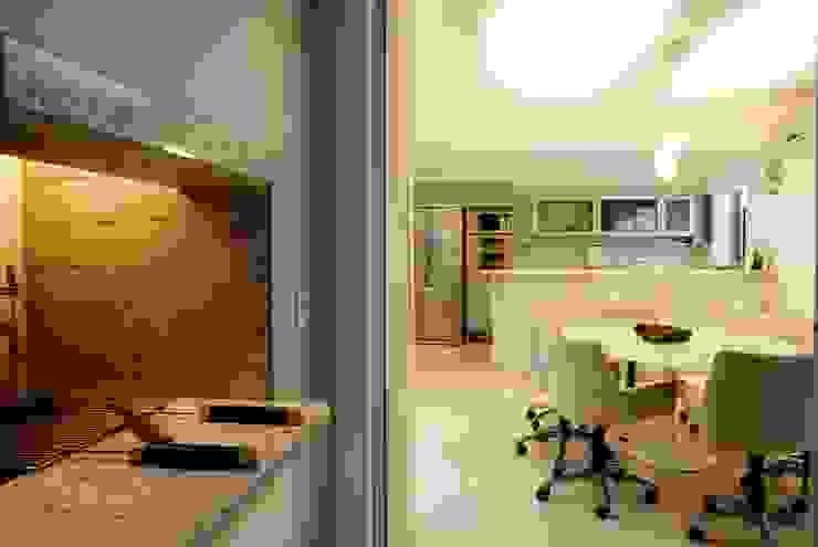 PROJ. ARQ. DENISE NERVO Salas de jantar modernas por BRAESCHER FOTOGRAFIA Moderno
