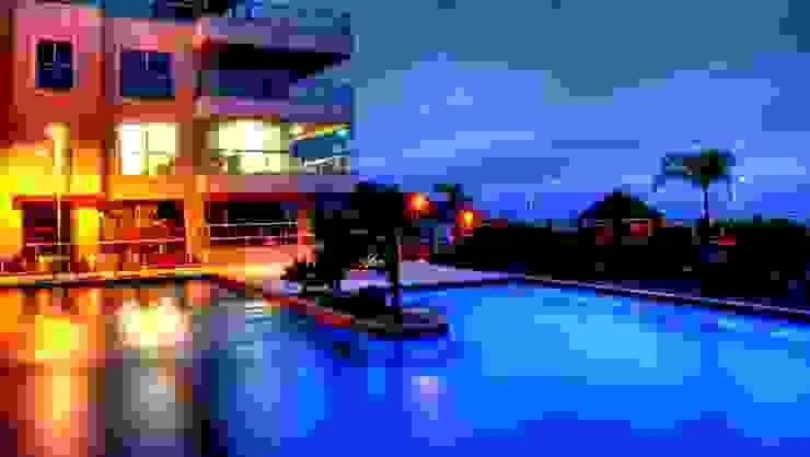 PROJ. ARQ. DENISE NERVO Varandas, alpendres e terraços modernos por BRAESCHER FOTOGRAFIA Moderno