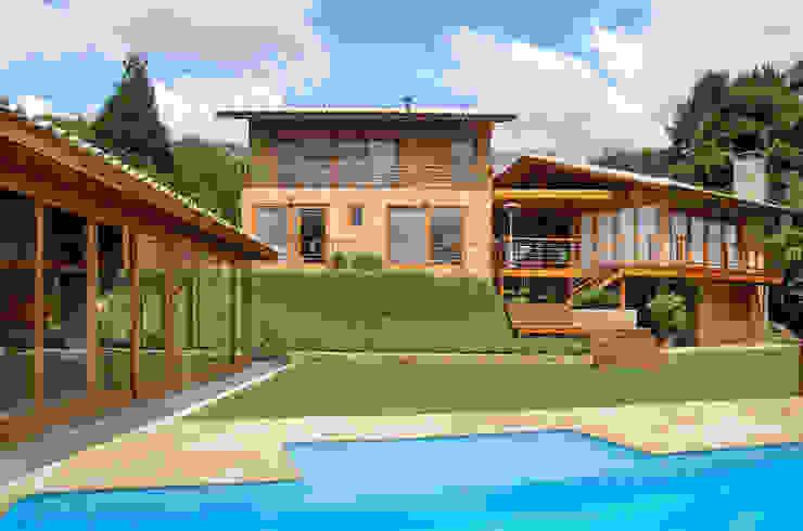 Houses by Martins Valente Arquitetura e Interiores, Modern