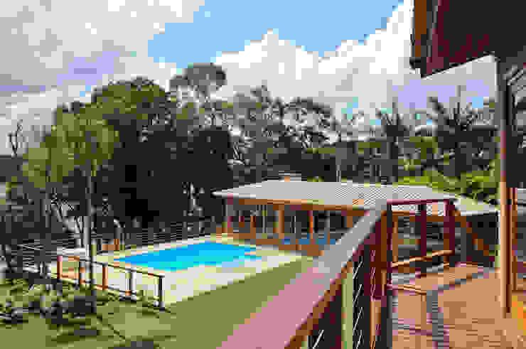 Martins Valente Arquitetura e Interiores Balcon, Veranda & Terrasse modernes