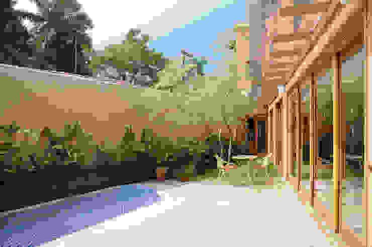 Casas de estilo  por Martins Valente Arquitetura e Interiores,