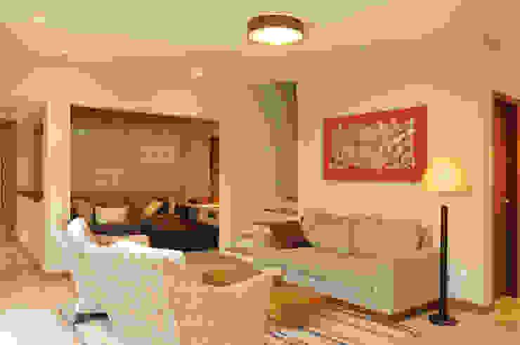 Livings de estilo moderno de Martins Valente Arquitetura e Interiores Moderno