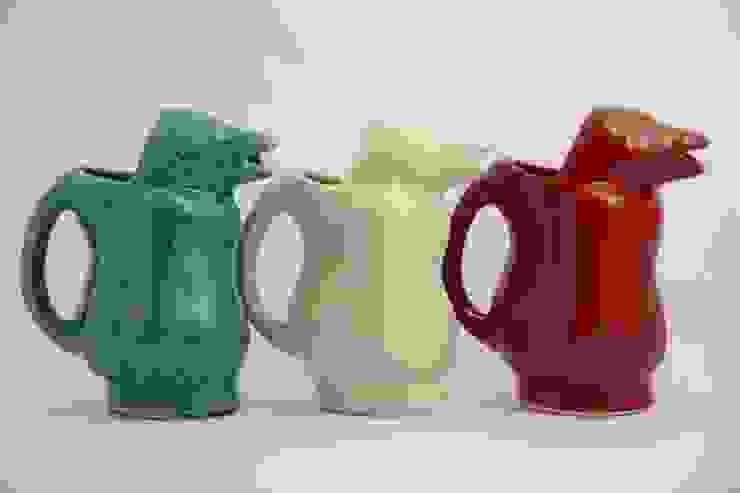 Pinguino jarra de FRIDA ceramica Ecléctico