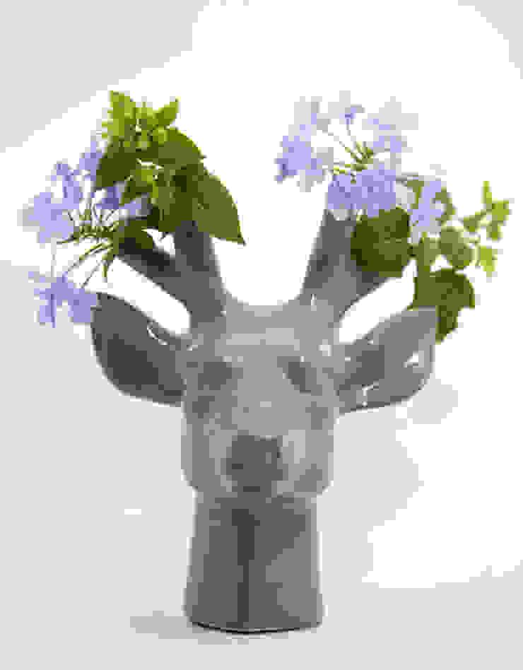 Cievo Florero de FRIDA ceramica Ecléctico