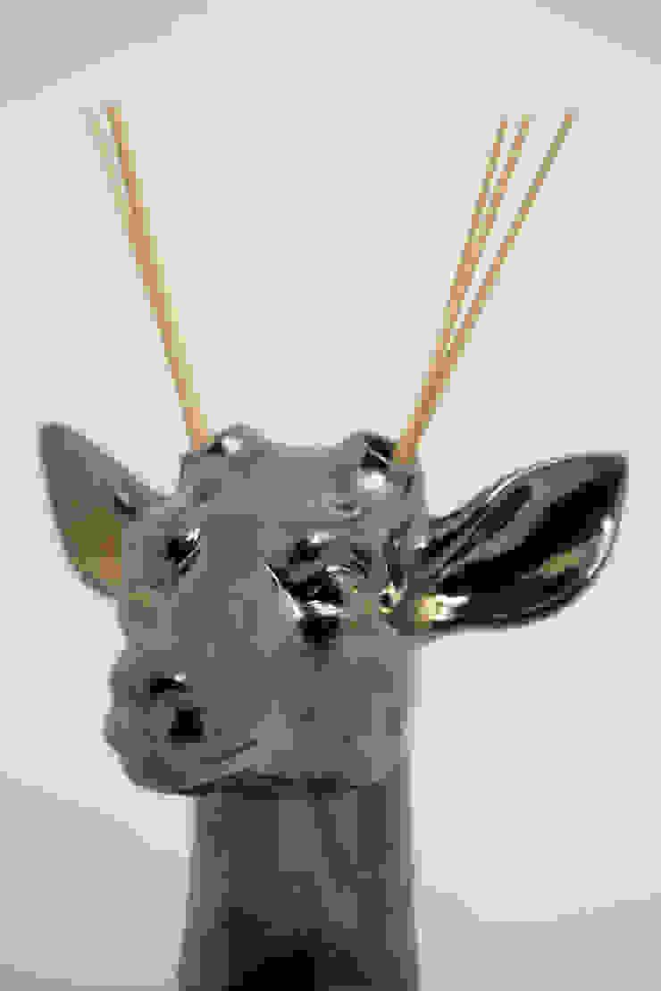 Ciervo difusor de FRIDA ceramica Ecléctico