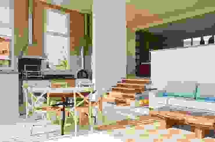 Comedores de estilo moderno de Martins Valente Arquitetura e Interiores Moderno