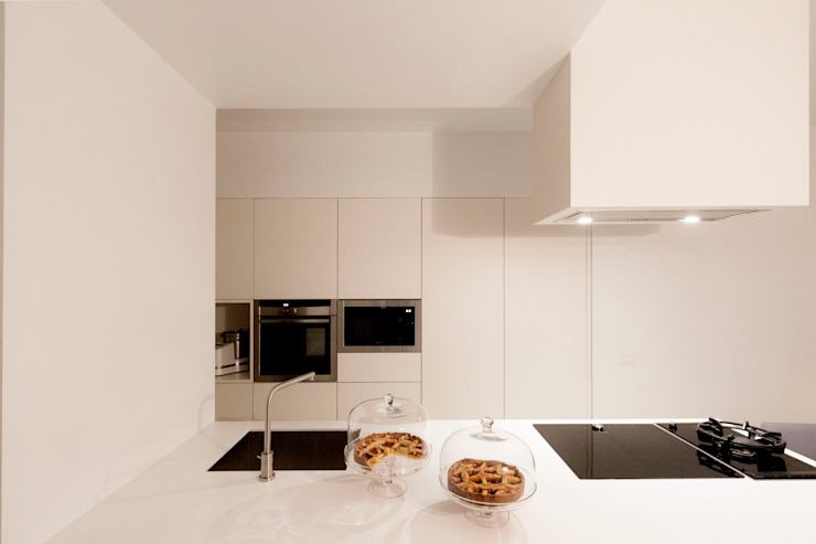 Modern kitchen by Galleria del Vento Modern