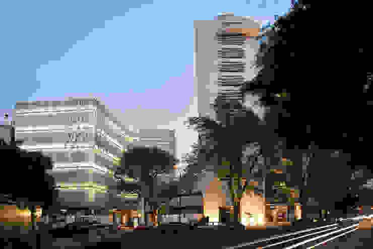 Paseo Castelar Corporativo – Residencial Casas modernas de Hansi Arquitectura Moderno