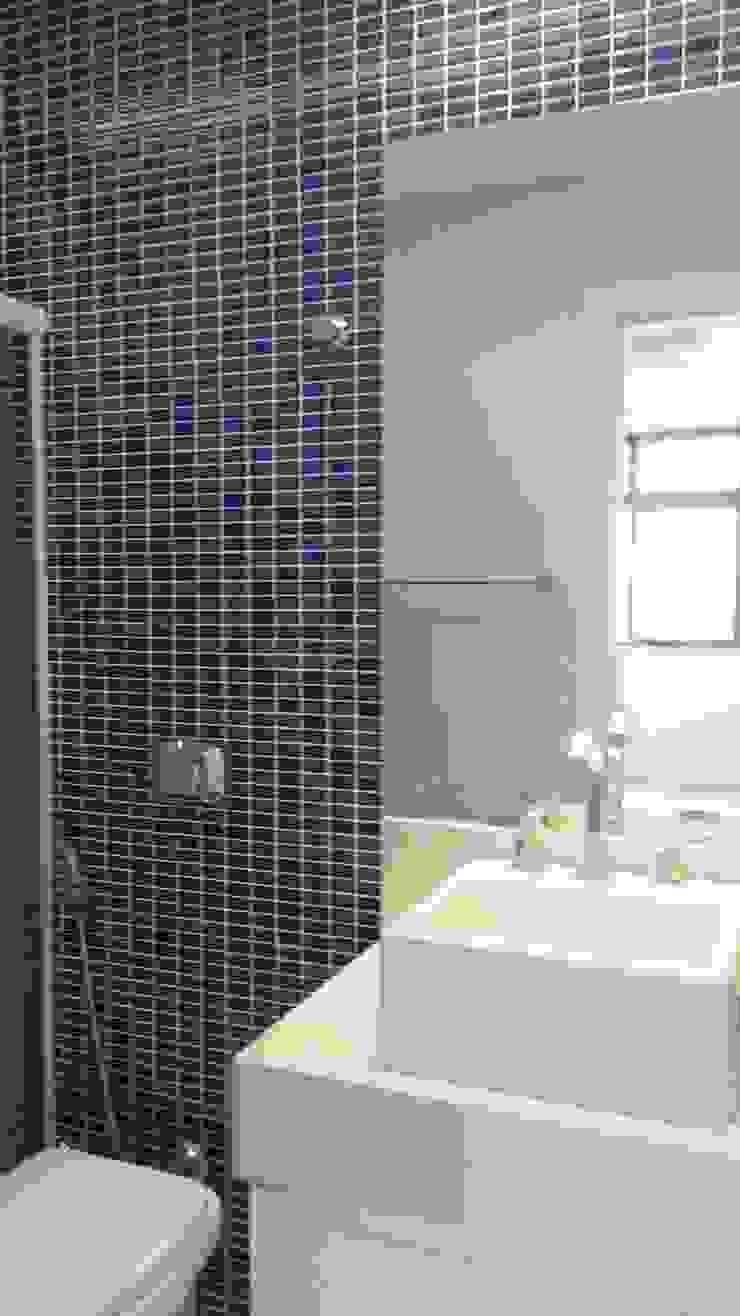 Banho menino Banheiros modernos por L N arquitetos Moderno Cerâmica