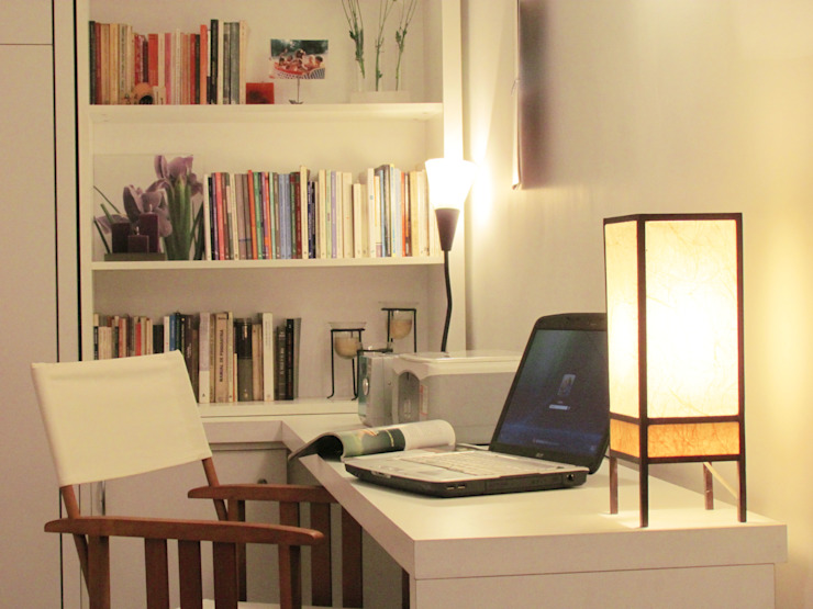 Escritorio Estudios y bibliotecas de estilo minimalista de MINBAI Minimalista Madera Acabado en madera