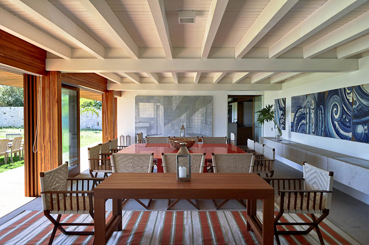 Casa Búzios Salas de jantar modernas por Toninho Noronha Arquitetura Moderno
