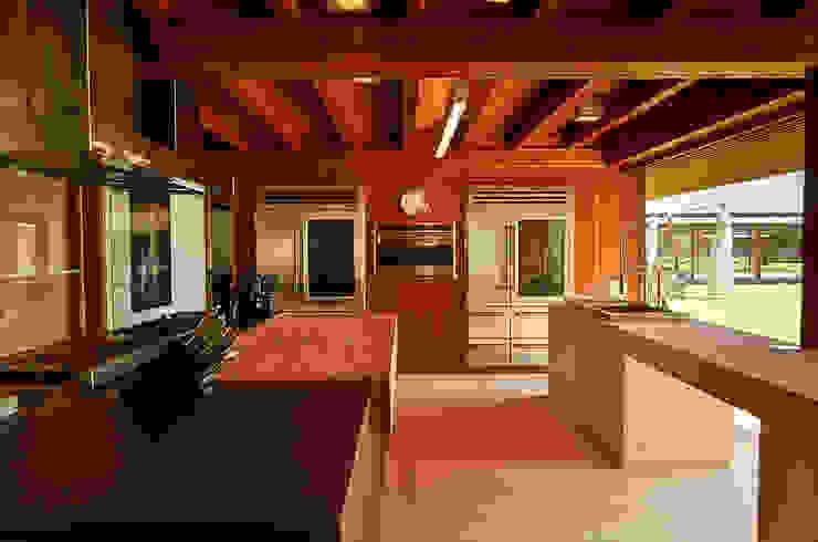 Casa Búzios Cozinhas modernas por Toninho Noronha Arquitetura Moderno