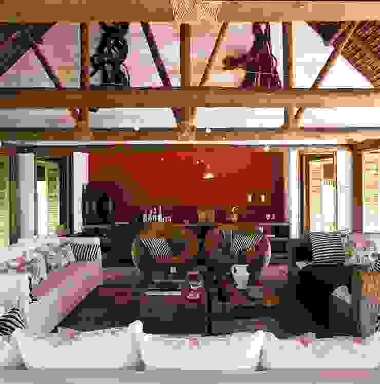 Casa Trancoso Salas de estar rústicas por Toninho Noronha Arquitetura Rústico