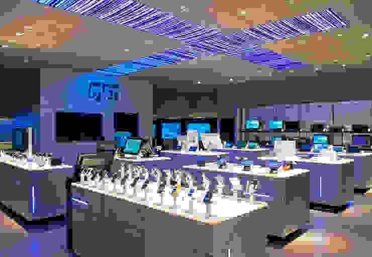 Loja Fast Shop Shopping Iguatemi Lojas & Imóveis comerciais modernos por Toninho Noronha Arquitetura Moderno