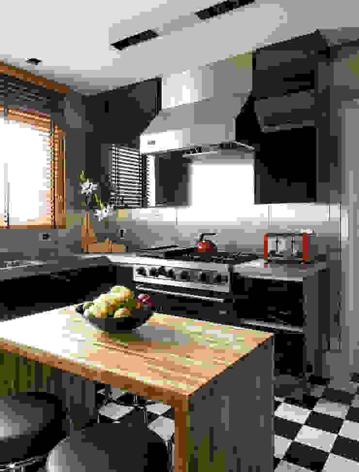 apartamento jardins Cozinhas modernas por Toninho Noronha Arquitetura Moderno