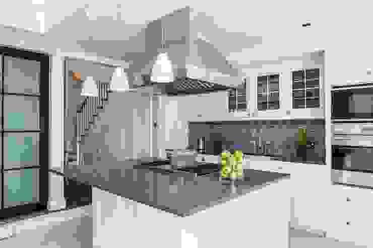 townhouse londres Cozinhas modernas por Toninho Noronha Arquitetura Moderno