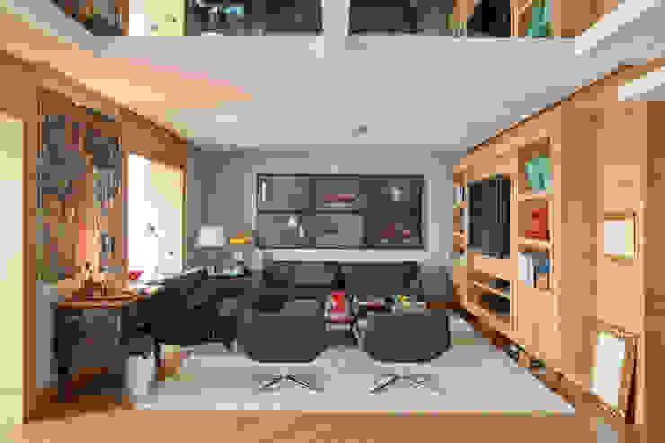 Apartamento Cidade Jardim Salas multimídia modernas por Toninho Noronha Arquitetura Moderno