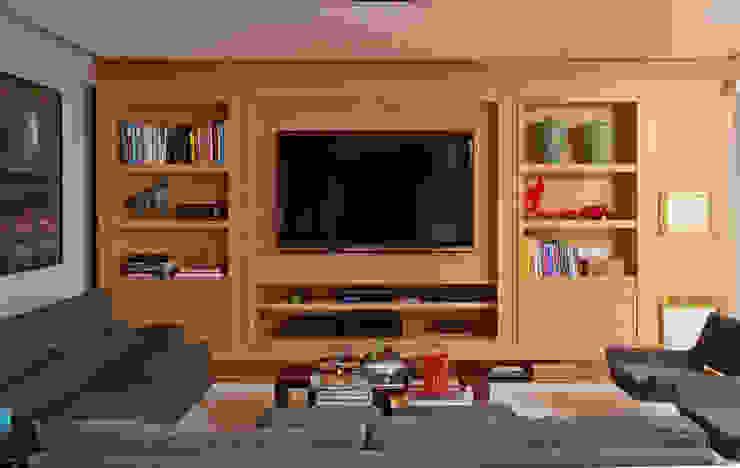 Salas multimedia de estilo moderno de Toninho Noronha Arquitetura Moderno